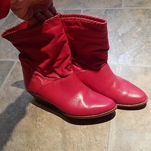 Vintage bright red slouchy cowboy boots